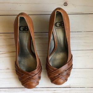 Gianni Bini Brown leather heels